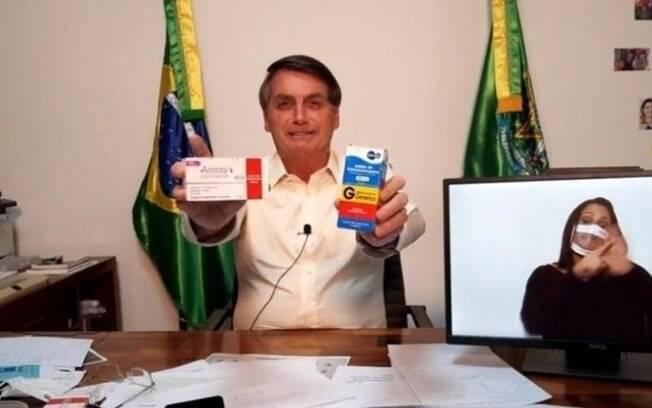 Bolsonaro fez campanhas de incentivo em lives no Facebook para uso de medicamentos sem comprovação científica contra Covid-19