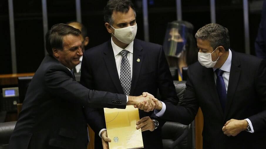 Bolsonaro, o presidente da Câmara Arthur Lira e Rodrigo Pacheco, presidente do Senado