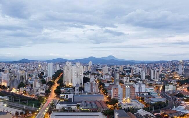 Belo Horizonte possui uma diária média mais em conta, entretanto os pacotes para dois e três dias são mais altos