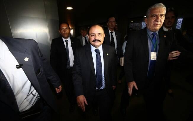 Presidente em exercício na Câmara, Waldir Maranhão pode perder direitos políticos