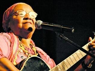 """União feminina. Dona Jandira se juntou a oito mulheres, cantoras e compositoras, para apresentar """"Elas Cantam o que Há de Novo"""""""