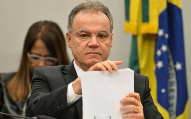 Samuel Moreira (PSDB) admitiu que pode apresentar um voto complementar com mudanças após o fim dos debates