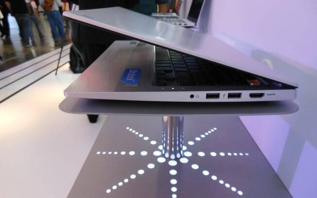 Finos e leves, ultrabooks da LG tem acabamento em alumínio