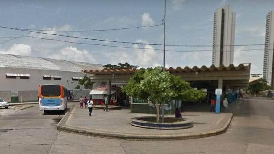 Morre mulher trans que teve 40% do corpo queimado por adolescente no Recife