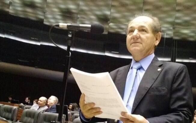 Deputado federal pelo PP de São Paulo, José Olímpio se apresenta como missionário da Igreja Mundial do Poder de Deus