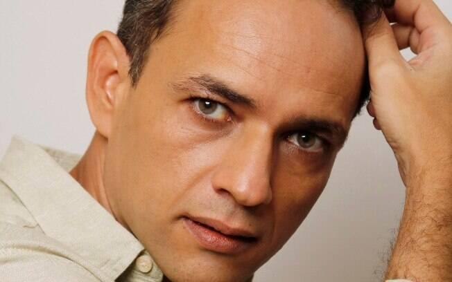 Ator Oscar Calixto