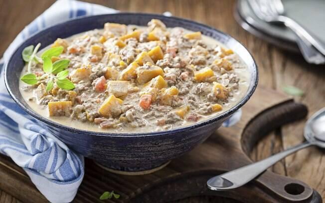 A carne moída cremosa é uma forma de inovar na cozinha de forma fácil