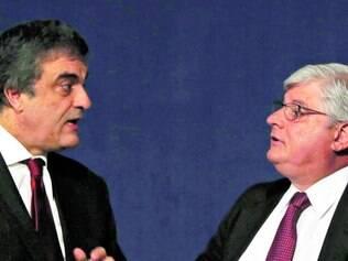 Encontro.Cardozo fala com o procurador Rodrigo Janot, na Conferência Internacional de Combate à Corrupção