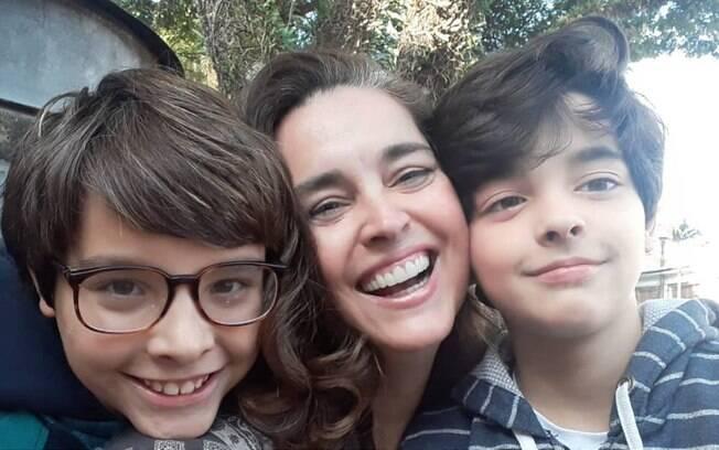 Suzy Rêgo e filhos