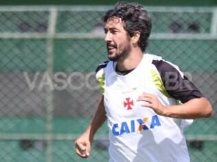 Contratado nesta temporada, o meia vive a expectativa de disputar a primeira final pelo clube carioca