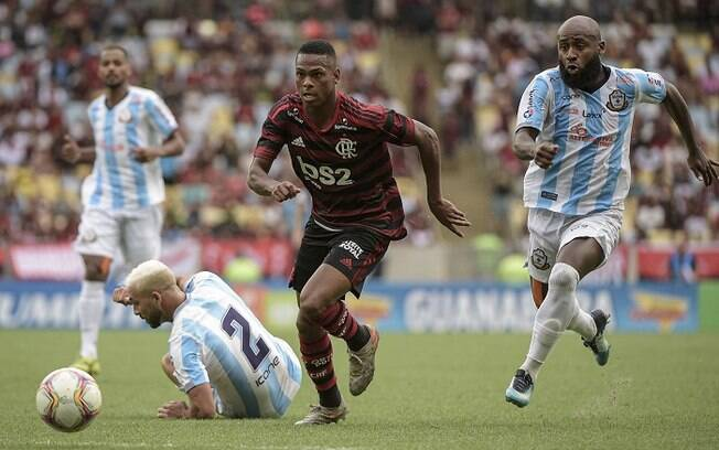 Partida entre Macaé e Flamengo foi válida pela primeira rodada da Taça Guanabara