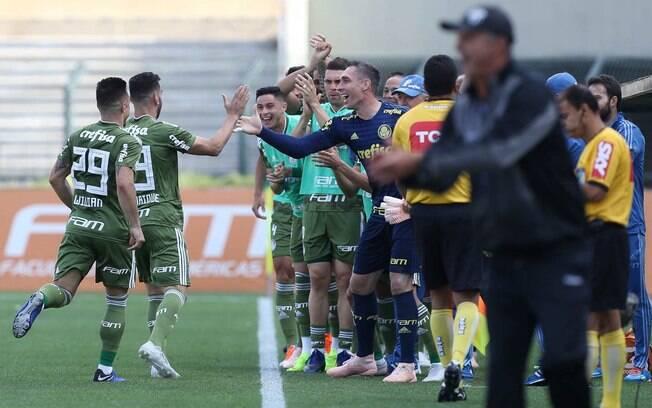 O Palmeiras venceu o Ceará e ampliou sua vantagem na liderança do Brasileirão