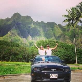 Bárbara Borges e o marido em passeio pelo Havaí