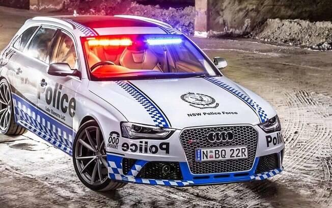 Super Carros da Polícia - Audi RS4 Avant