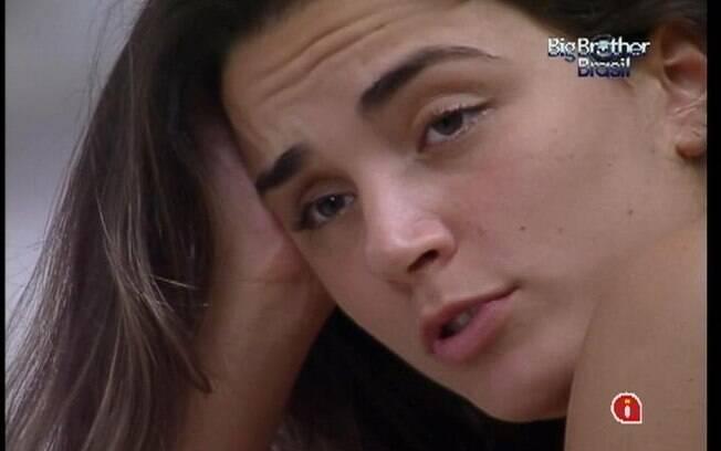 Laisa conta a Yuri o motivo de não ter votado em Rafa e Ronaldo