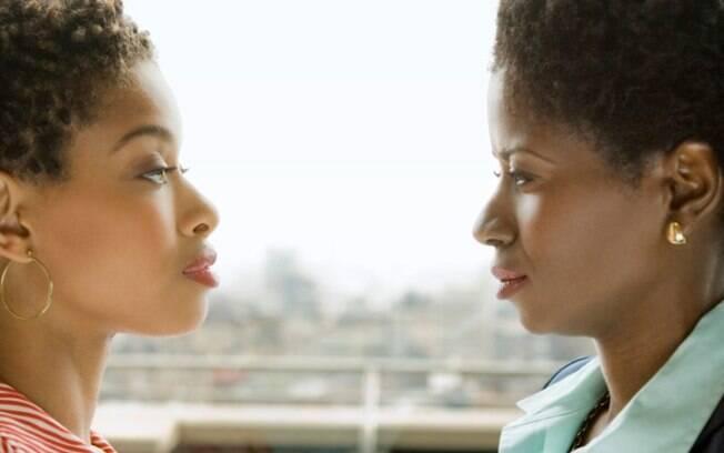 Concorrente: transforma a amizade de vocês numa competição. Que ter tudo que você tem: casa, carro, emprego e, se bobear, até o (a) namorado (a). Foto: Thinkstock Photos