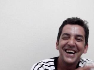 O veterinário Renato foi esfaqueado dentro de casa, assim como o amigo dele