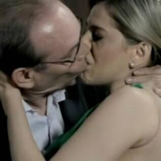 Bárbara Paz e José Wilker em 'Amor À Vida'