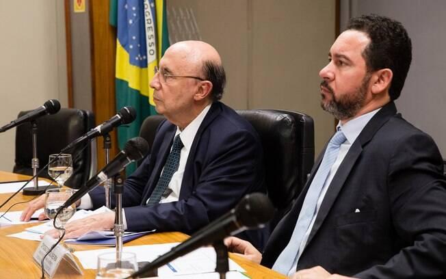 Henrique Meirelles, e Dyogo Oliveira anunciaram fim da desoneração para a maioria dos setores da economia