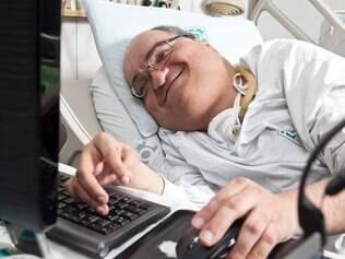Paulo Henrique Machado, 43 anos, internado há 42 anos, foi o primeiro paciente da UTI do Hospital das Clínicas