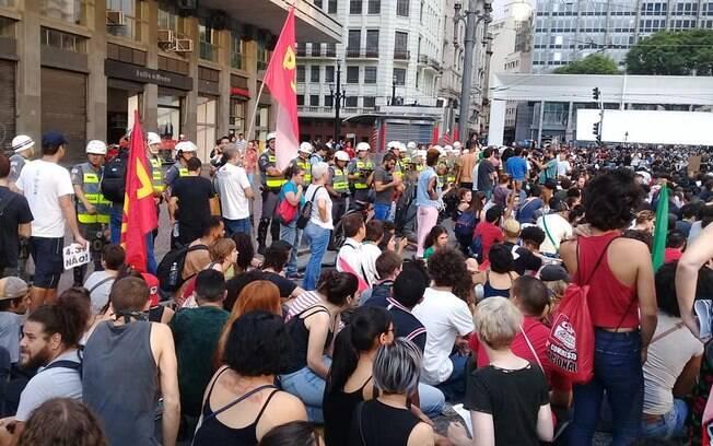 Movimento Passe Livre foi as ruas para reivindicar o aumento das passagens do Metrô e da CPTM na quinta-feira (10)