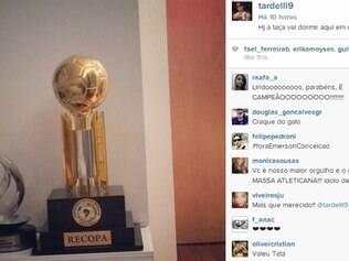 Tardelli posta foto em seu Instagram com a taça de campeão da Recopa