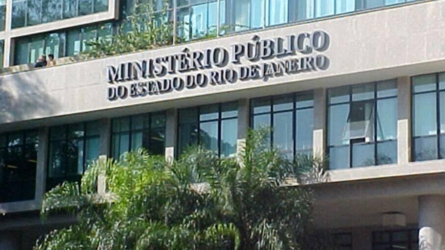 Ação do MP cumpriu oito mandados de prisão preventiva e 19 de busca e apreensão