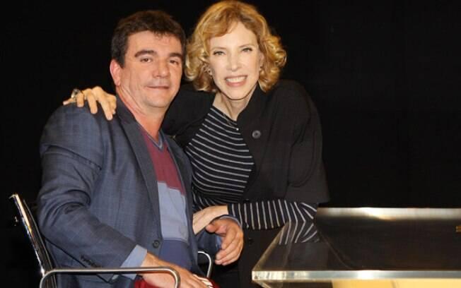 Andrés Sanchez e Marília Gabriela nos bastidores do programa