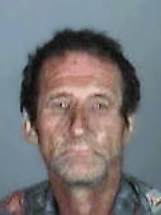 Robert Dewey Hoskins está solto desde a última sexta-feira (3)