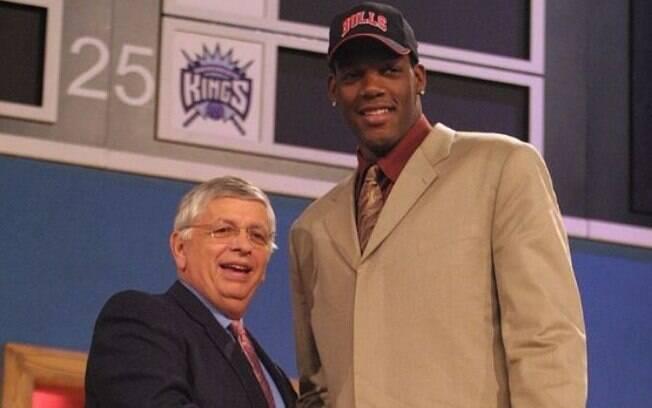 Eddy Curry foi draftado pelo Chicago Bulls em 2001