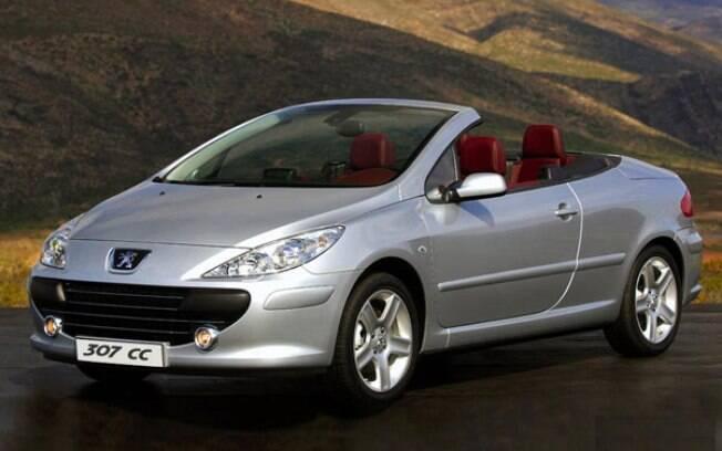 Peugeot 307 CC é um dos conversíveis seminovos mais baratos do mercado. O problema fica por conta da mecânica
