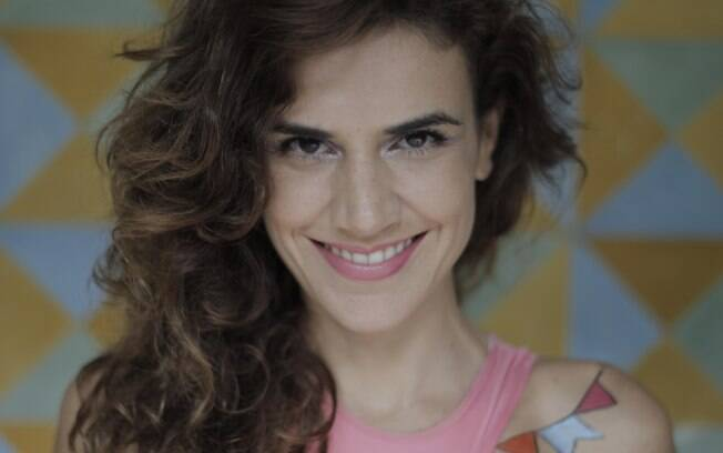 mariana Aydar estreia seu próprio blovo em São Paulo. O