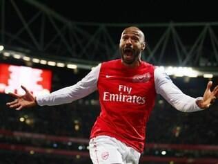Carrasco brasileiro na Copa de 2006, Thierry Henry é o maior artilheiro da história do Arsenal