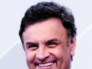 Aécio Neves é o líder da pesquisa e tem a vitória no segundo turno