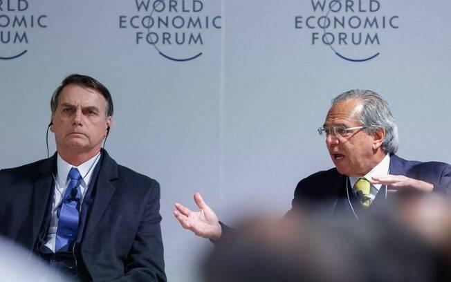 Bolsonaro e Guedes devem discutir texto da reforma da Previdência amanhã, em Brasília