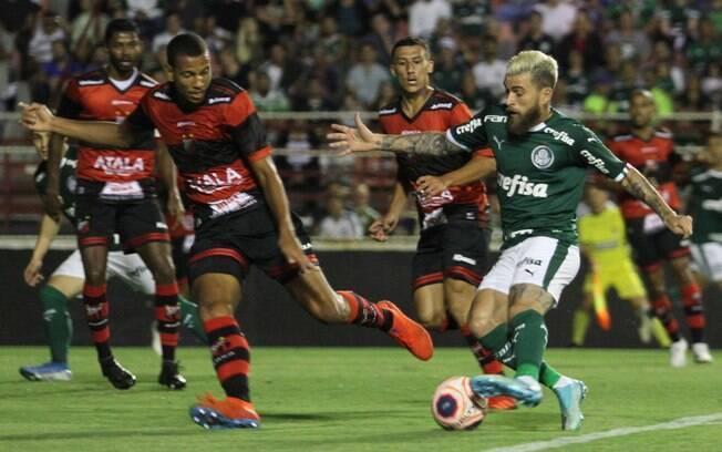 Lucas Lima fez um dos gols da goleada do Palmeiras sobre o Ituano