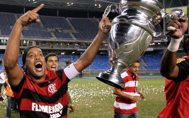 Ronaldinho foi campeão carioca pelo Fla em  2011