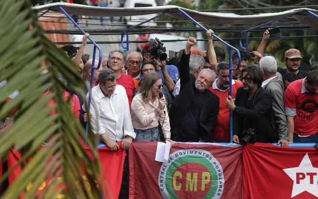 Lula fez discurso para pessoas em São Bernardo