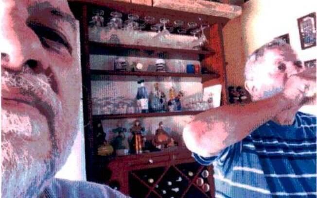 Imagens encontradas no acervo pessoal de Paulo Gordilho mostra o engenheiro da OAS ao lado de Lula
