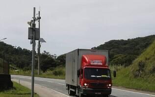 Bolsonaro determina suspensão do uso de radares eletrônicos em rodovias