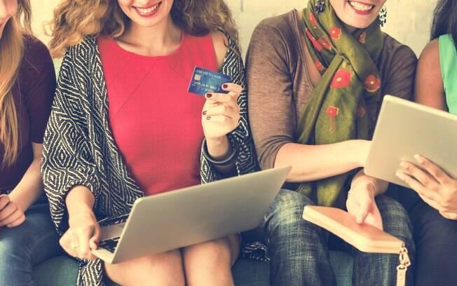 Embora a Black Friday atraia cada vez mais consumidores todos os anos, a maioria dos entrevistados (64%) ainda teme ser alvo de fraudes na data, como roubo de dados bancários ou clonagem de cartões