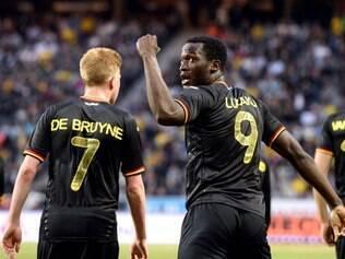 Bélgica contou com a eficiência do seu atacante Lukaku