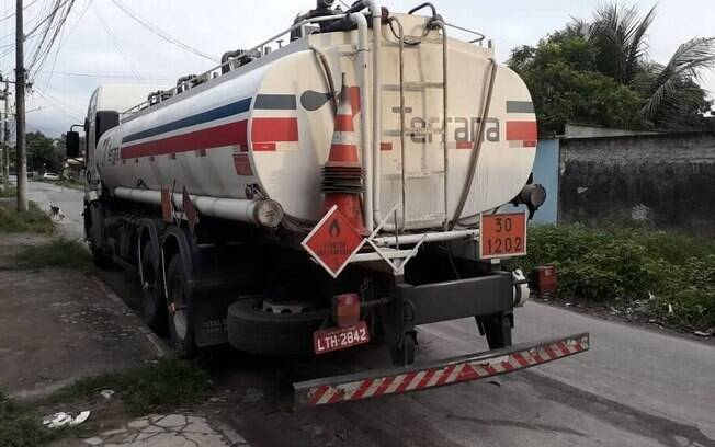 Quadrilha furtava e adulterava combustível em Duque de Caxias, na Baixada Fluminense