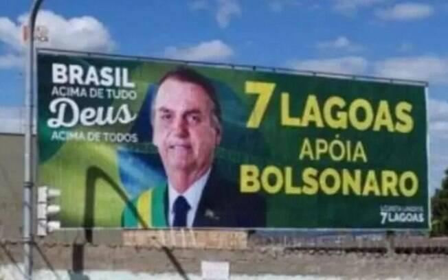 Empresários de Sete Lagoas fizeram outdoor em apoio ao presidente Bolsonaro