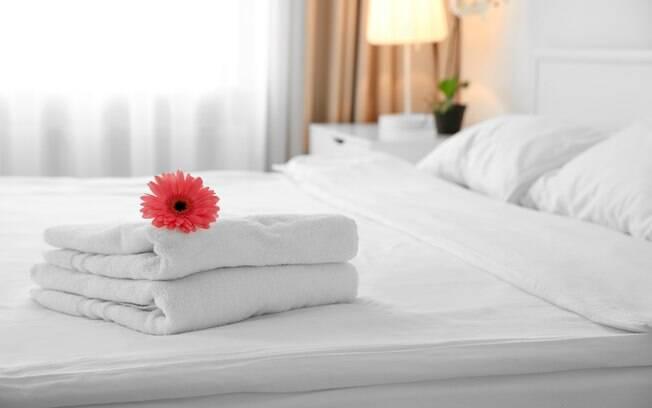 Os quartos de hotel e hospedagens compartilhadas terão limpeza redobrada após a pandemia