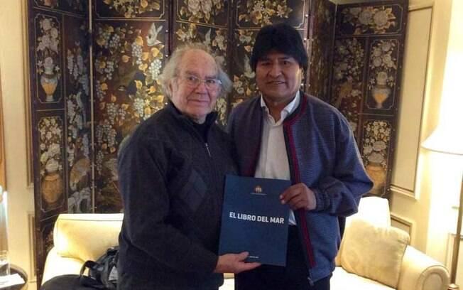 Morales e Esquivel se encontraram na Argentina, onde o boliviano vive na condição de exilado