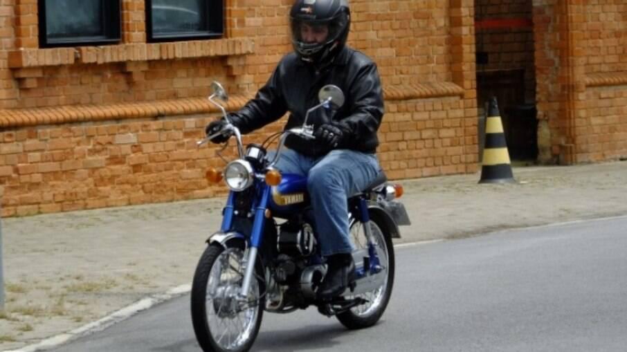 Com um motor mais manso, a Yamaha YB 50 era mais comportada do que a Yamaha RD 50