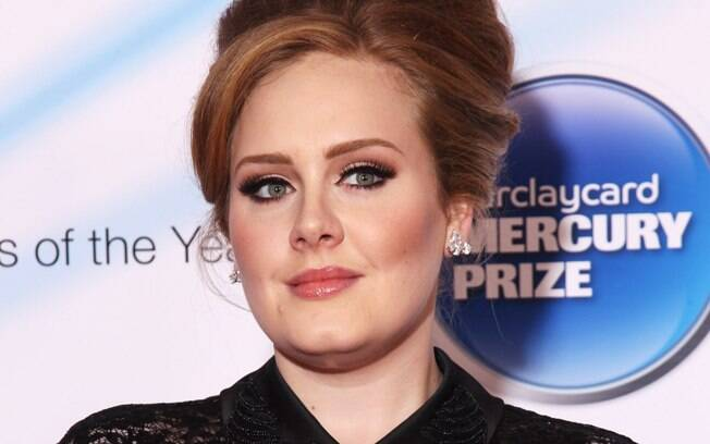 Adele: volta no palco do Brit Awards