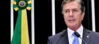 Collor compara próprio impeachment ao atual e diz que Dilma teve gestão trágica