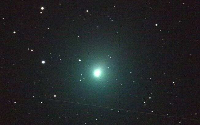 Cometa do Natal é um dos mais próximos a passar pela Terra e o mais brilhante em 20 anos